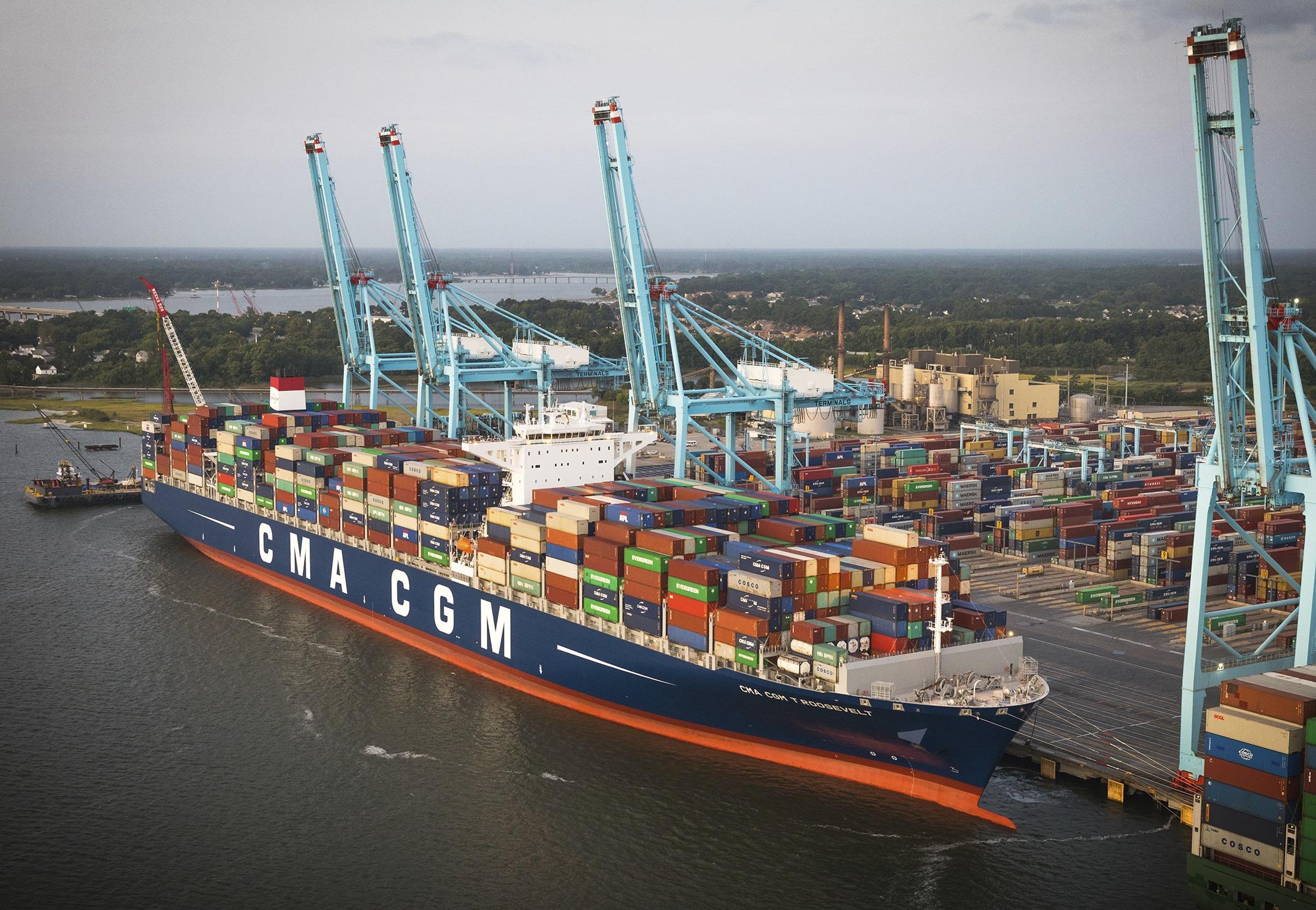 Lucsa Cargo Transporte Marítimo